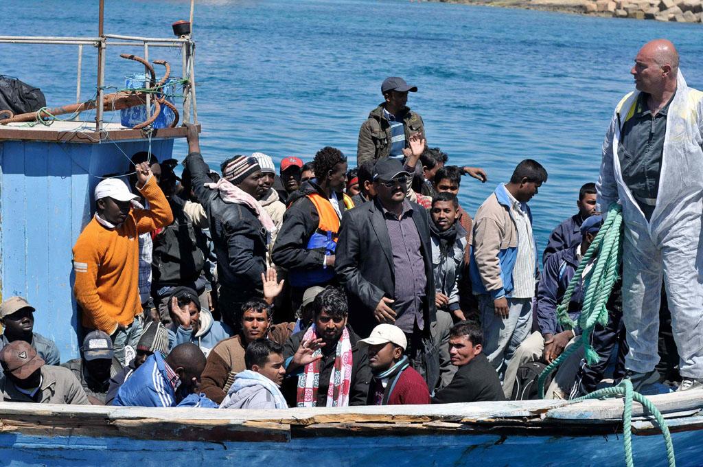 40 immigrati morti nel canale di Sicilia: nuova strage